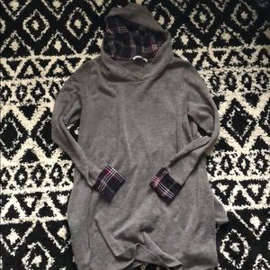 Tops - Gray and flannel tunic